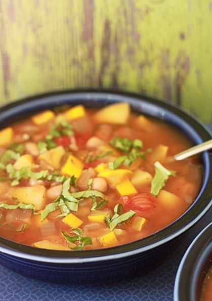Slow Cooker Smoky White Bean & Summer Squash Soup